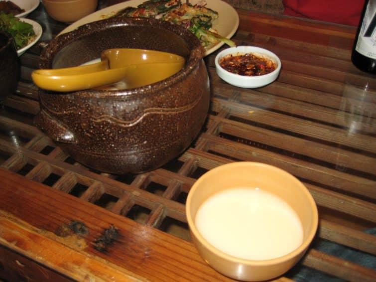 Parmi les spécialités coréennes, le dongdongju