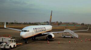 Ryanair, aéroports lointains, destination
