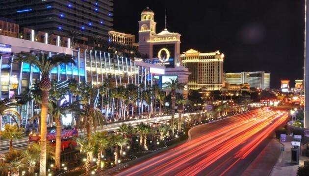 Louez une limousine à Las Vegas et faites un tour de 1h