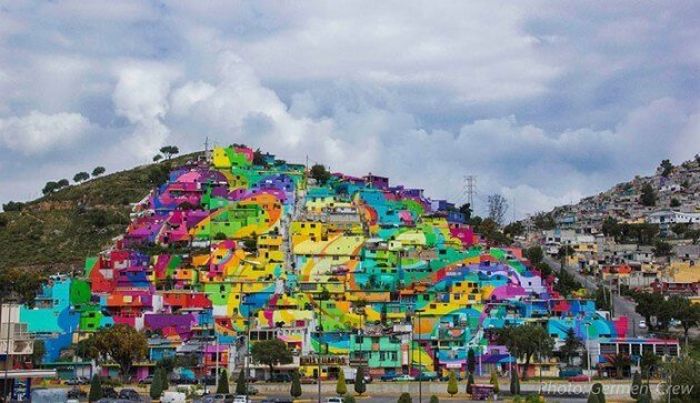 Au Mexique, une gigantesque oeuvre de street-art égaie une favela