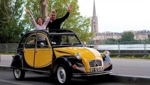 Visite de Bordeaux en 2 CV
