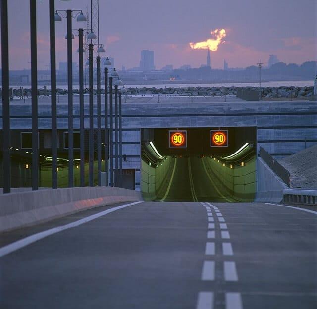 Le Pont Tunnel Oresundsbron Qui Relie La Suede Et Le