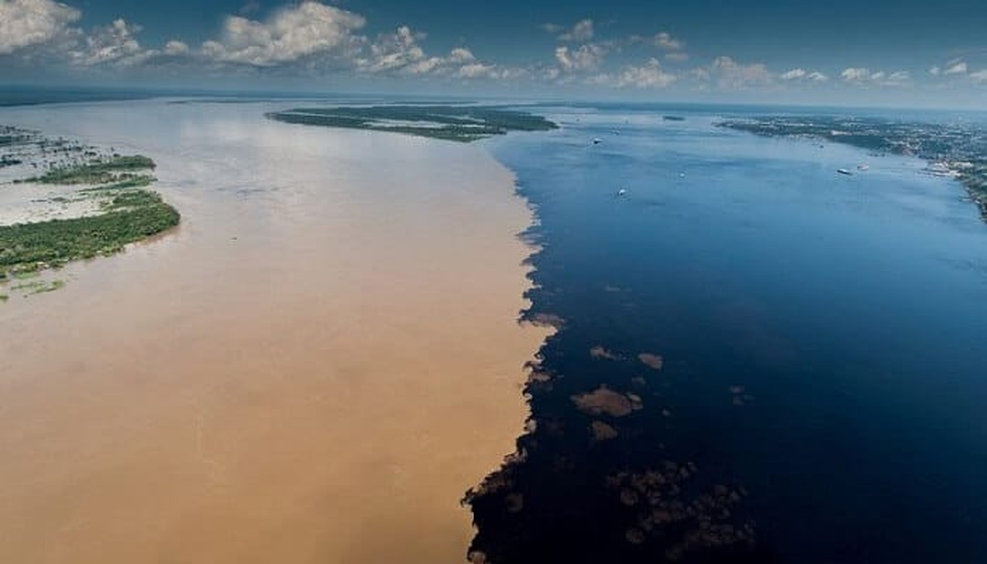 Encontro das Águas, la Rencontre des Eaux au Brésil
