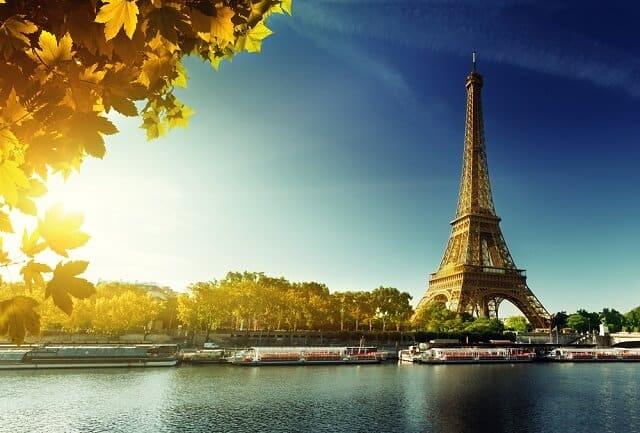 Tour Eiffel, billet coupe-file