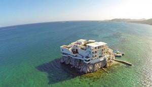 Dunbar Rock, la villa de rêve pour les plongeurs au Honduras