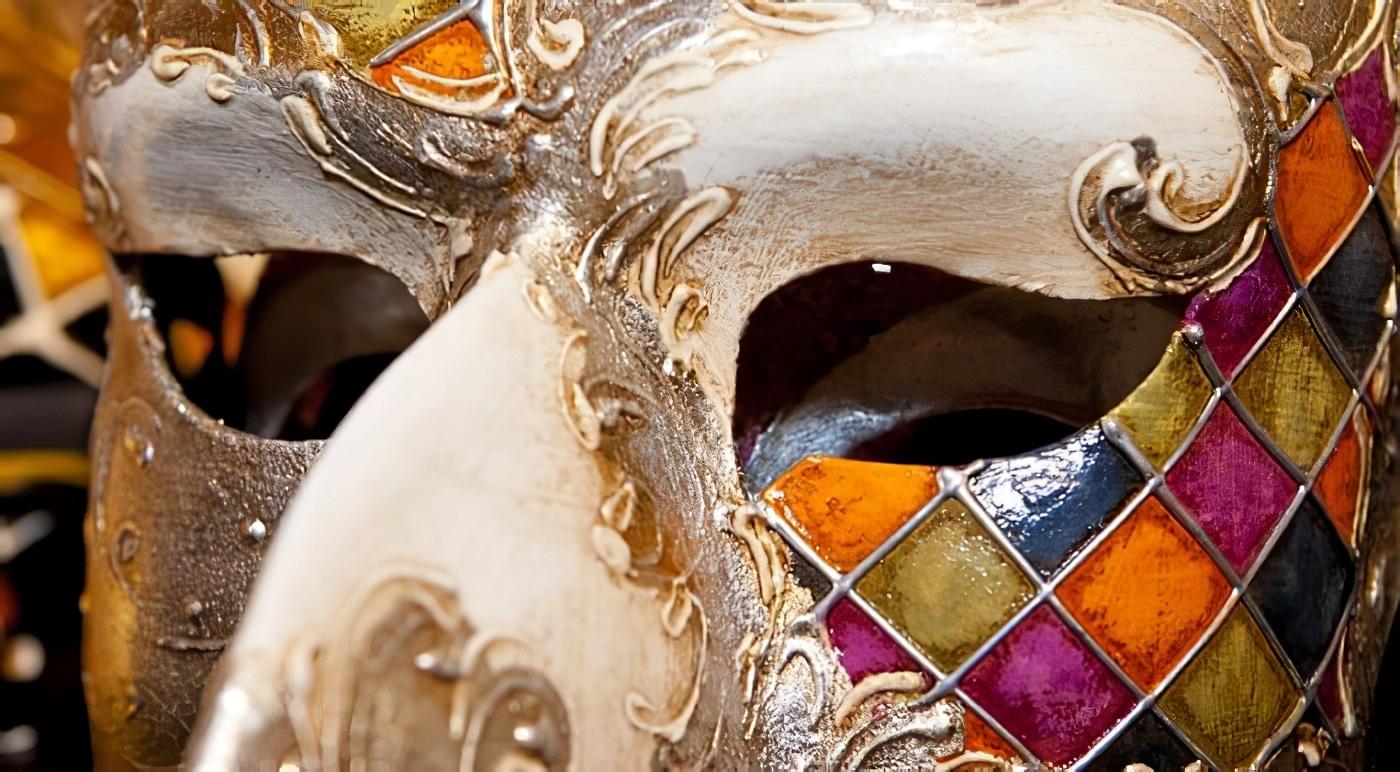 Carnaval de Venise: Bal Masqué dans un palais avec costumes