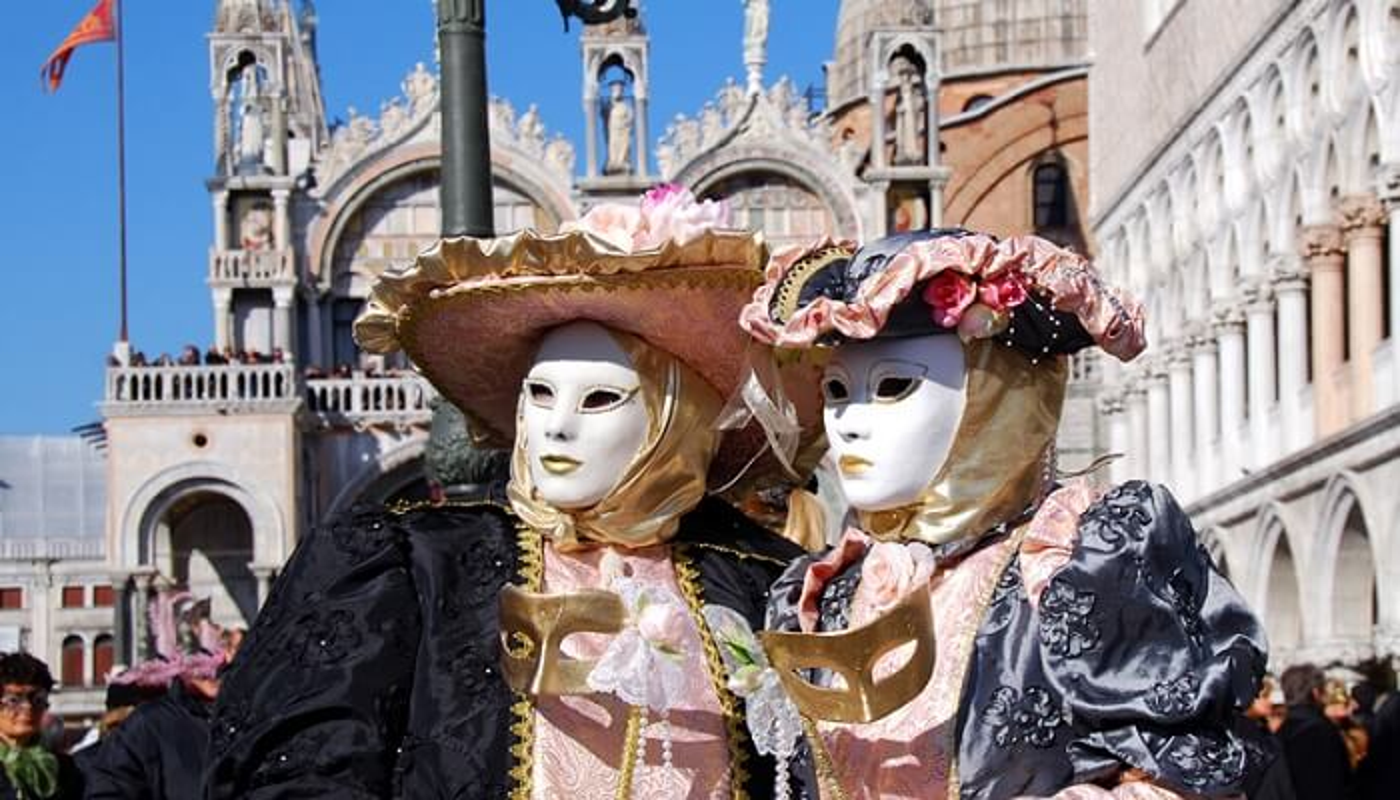 Visiter Venise avec un comédien pendant le Carnaval de Venise