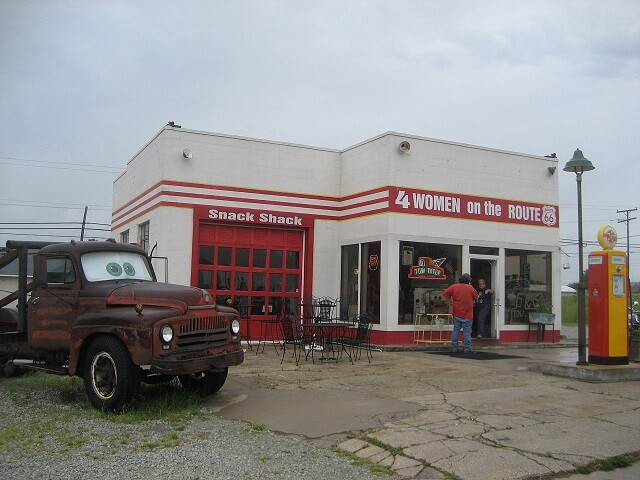 route 66, station service, Galena, Cars