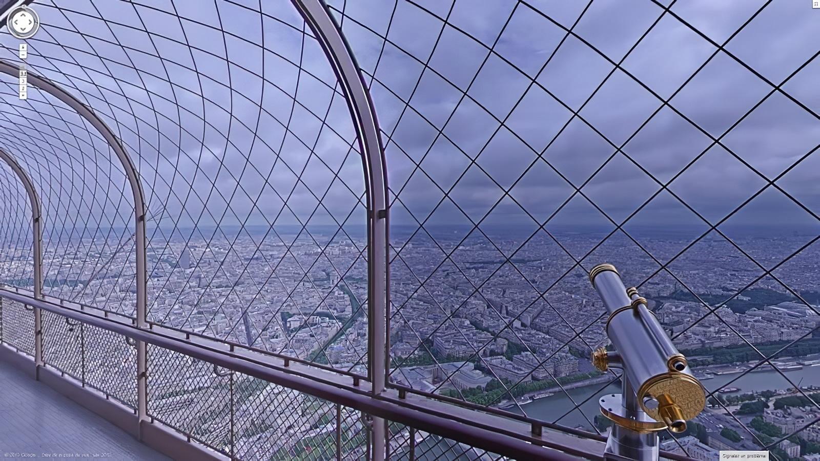 Visite virtuelle de la Tour Eiffel avec Google Street View