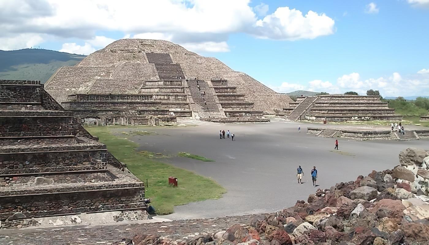 Visiter Teotihuacan au lever du soleil depuis Mexico