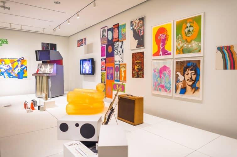 Exposition d'art contemporain au Museum of Modern Art ( MoMA), New York
