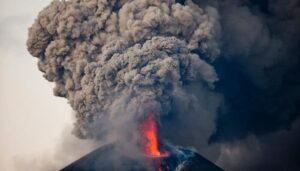 volcan Momotombo, éruption, Nicaragua