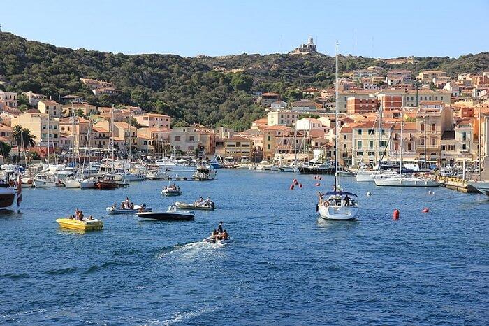 La Maddalena, port, Sardaigne