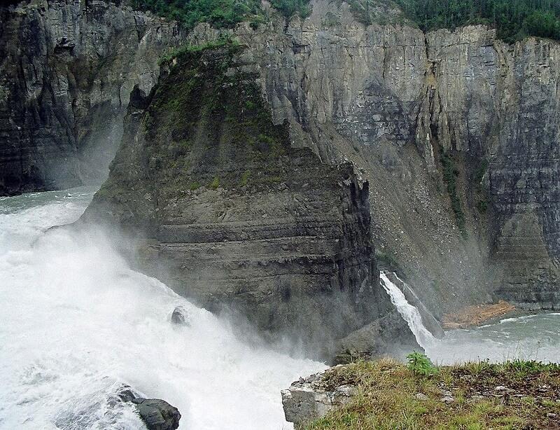 parcs nationaux, Canada, Nahanni