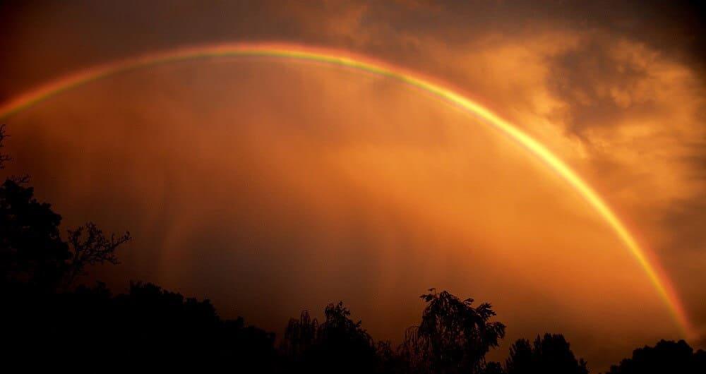 Arc-en-ciel, Coucher de soleil