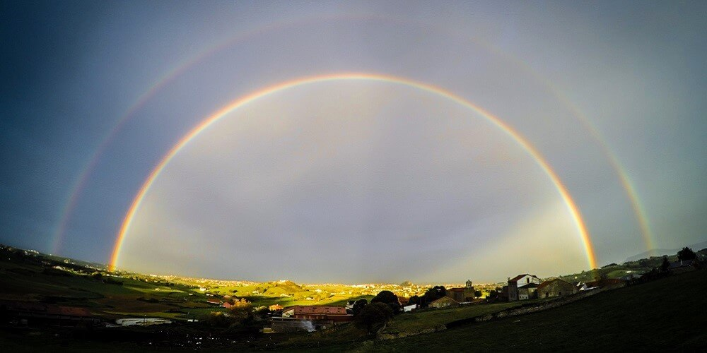 Arc-en-ciel, Village