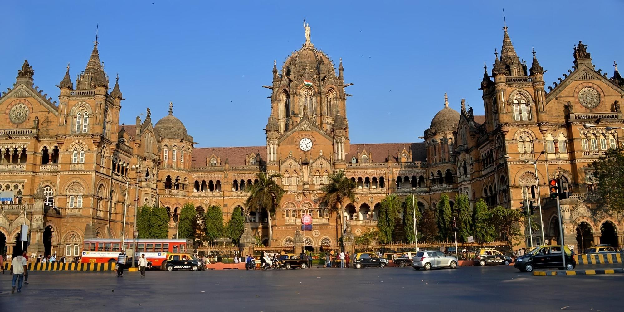 Chhatrapati Shivaji Terminus, Inde
