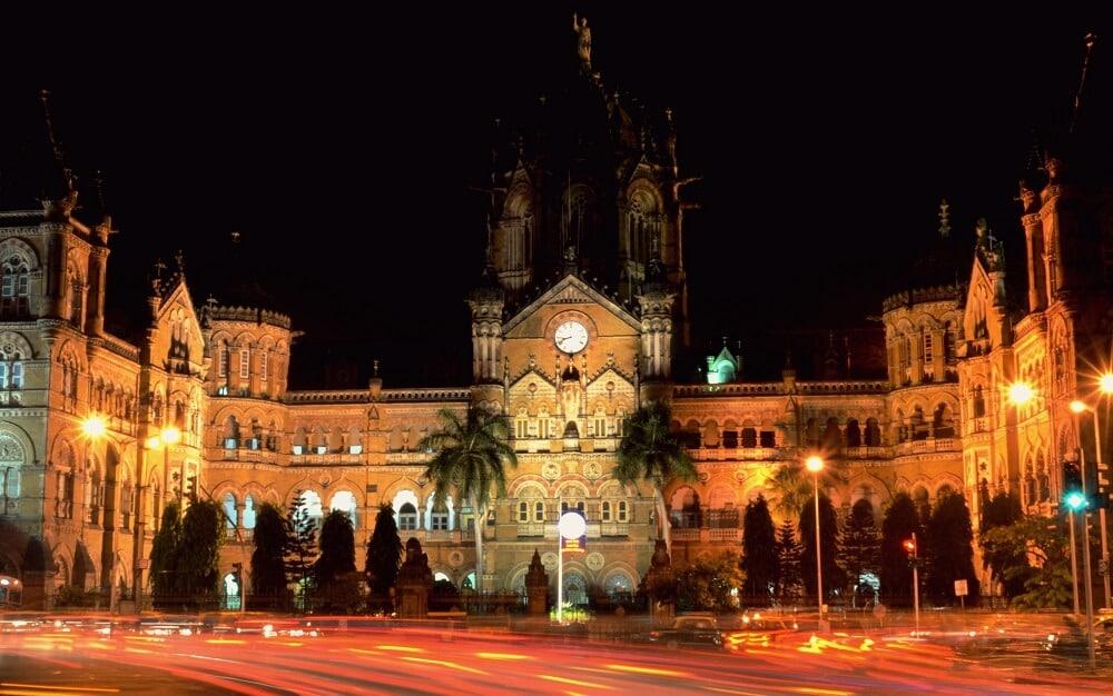 Chhatrapati Shivaji Terminus, Nuit