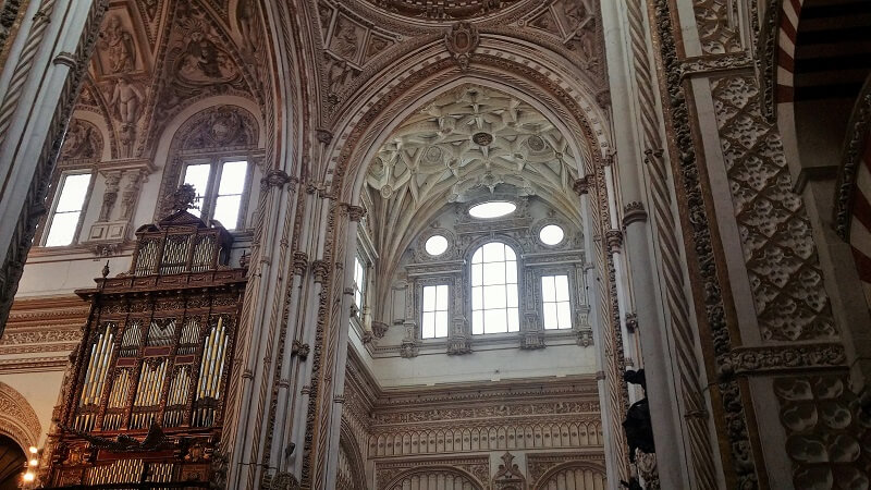 cordoue-cathedrale-interieur