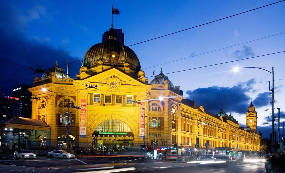 Gare Flinders Street, Nuit