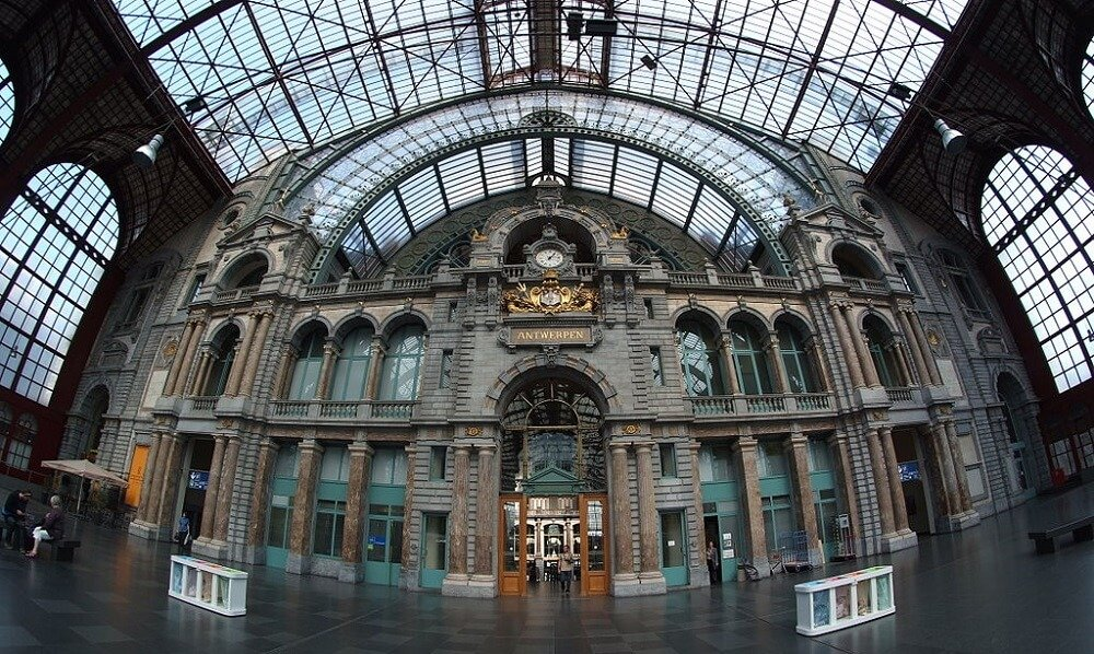 Gare centrale Anvers, Hall