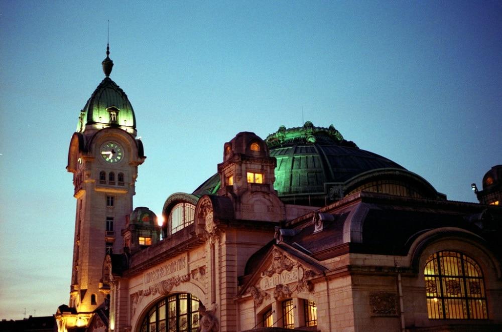 Gare de Limoges-Bénédictins, lumières