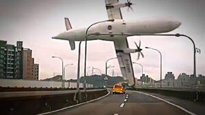 Vidéos des plus gros crash d'avion