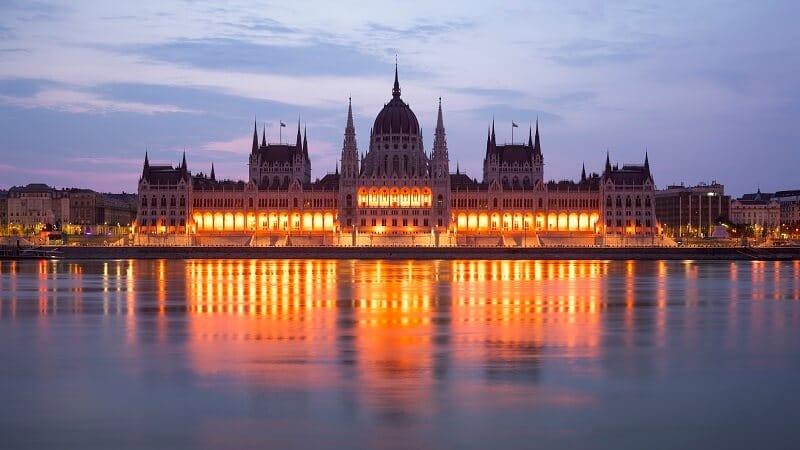 Budapest, Parlement