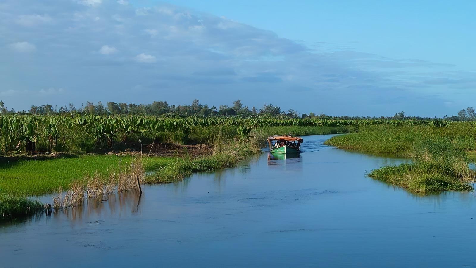 Le canal des Pangalanes à Madagascar