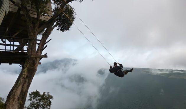 La Casa del Arbol: une balançoire au bout du monde en Equateur
