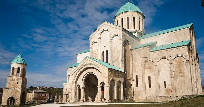 Cathédrale Bagrati, Péril
