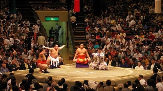 Assistez à un tournoi de Sumo à Tokyo avec dîner « chankonabe »