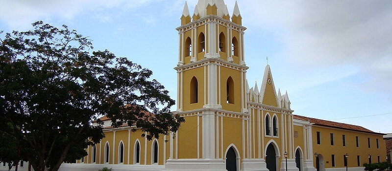 Eglise, Coro, Venezuela