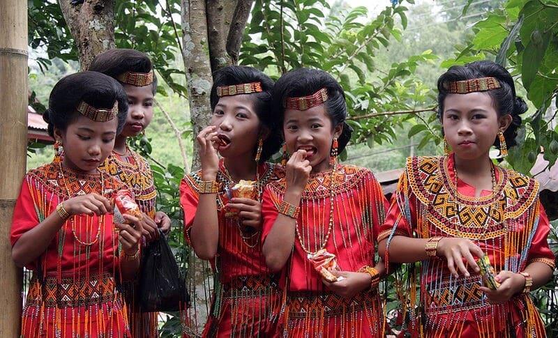 Ethnie, Indonésie, Rites funéraires