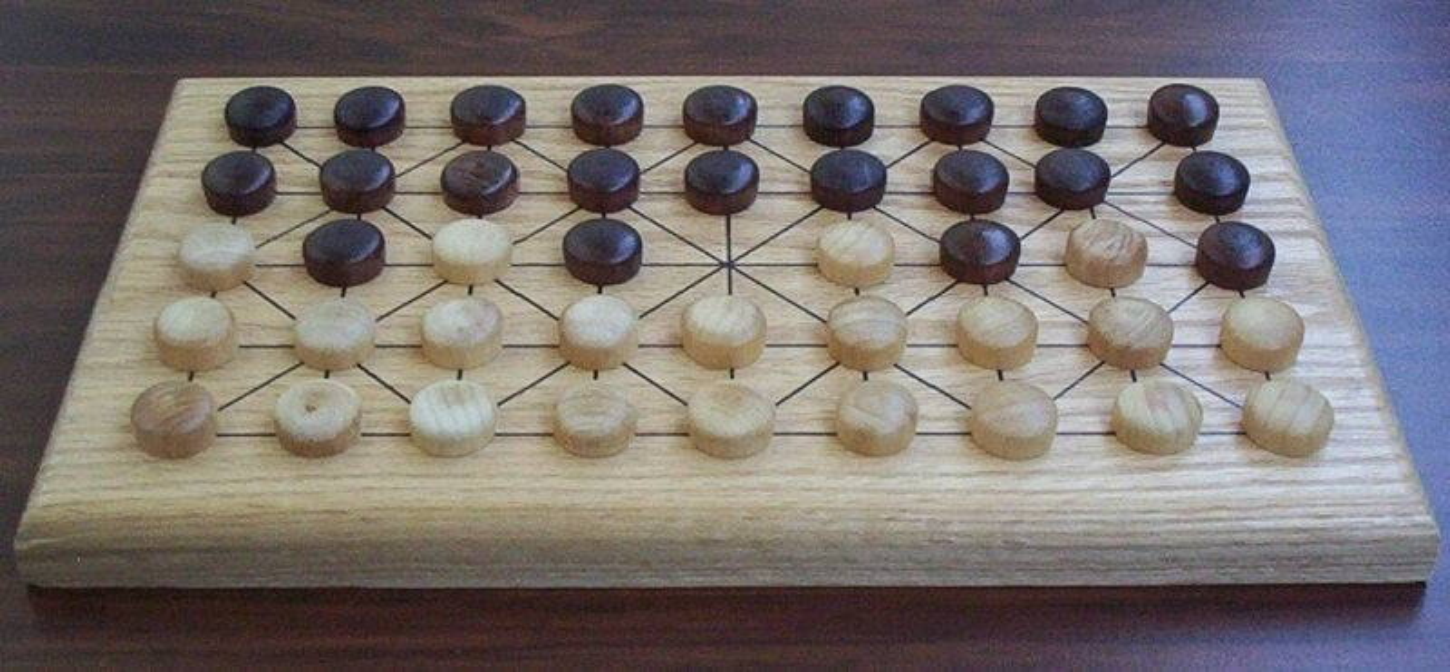 Fanorona, le jeu d'échec des Malagasy