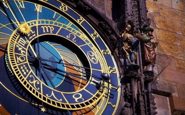 Visiter et monter dans l'horloge astronomique de Prague