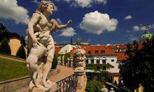 Statue dans le Mala Strana à Prague