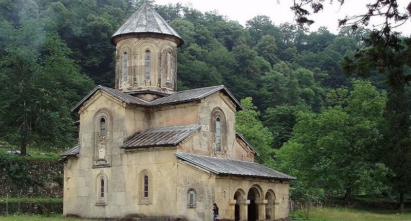 Monastère Ghélati, Péril