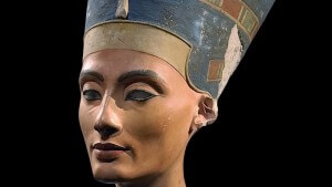 Néfertiti, tombeau, Toutankhamon