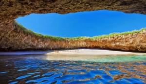 Plage secrète dans les îles Marieta, Mexique