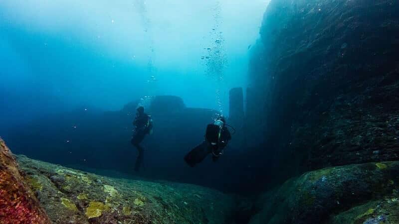 Les structures sous-marines de Yonaguni, Japon