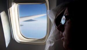 Hublot levé d'un avion