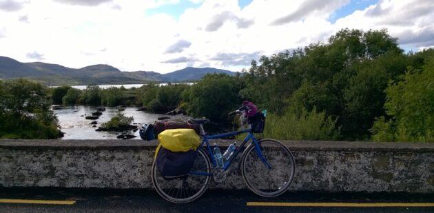 «Paysages d'émeraude», le voyage à vélo d'Alice Baude en Irlande