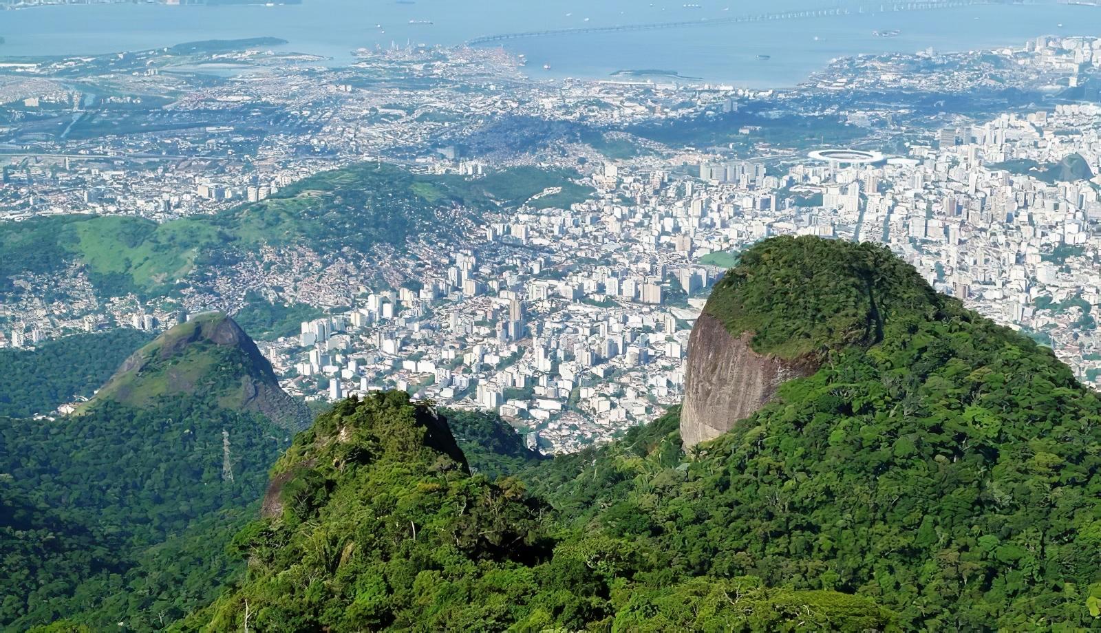 Randonnez sur le pic de la Tijuca, plus haut pic de Rio