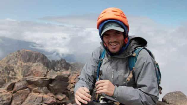 Un alpiniste amputé des pieds part en quête de l'Himalaya
