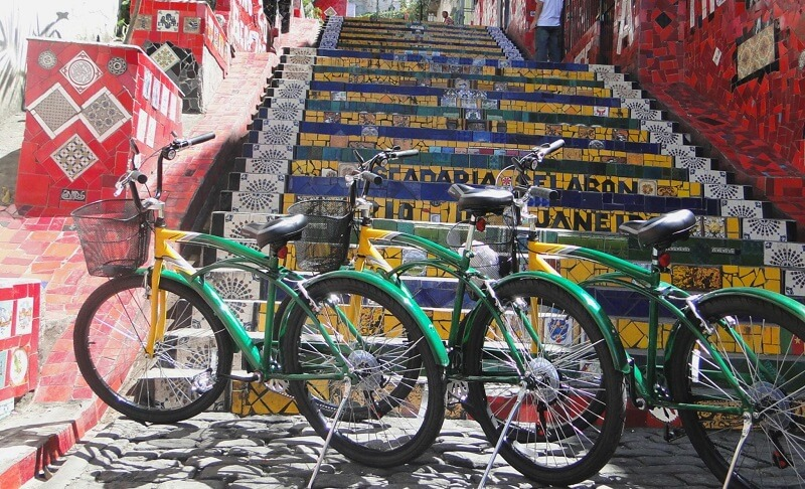 Visiter le centre historique de Rio et le quartier de Lapa à vélo