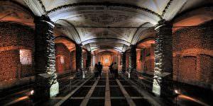 Capela dos Ossos : la chapelle d'Evora constituée de milliers d'os humains