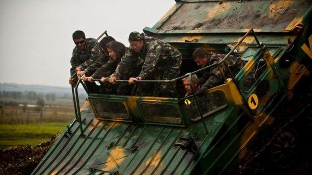 En séjour à Budapest ? Prenez les commandes d'un Tank T-55 !