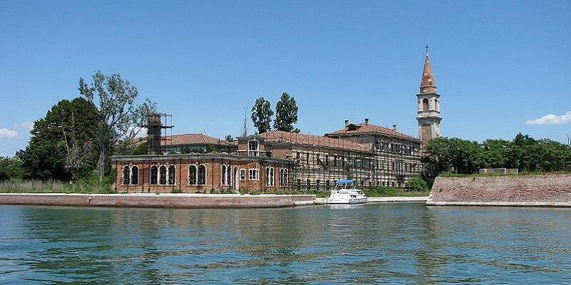 Île Poveglia, Venise, Cimetière