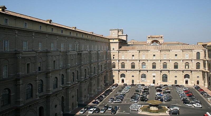 Monument, Archives secrètes, Vatican